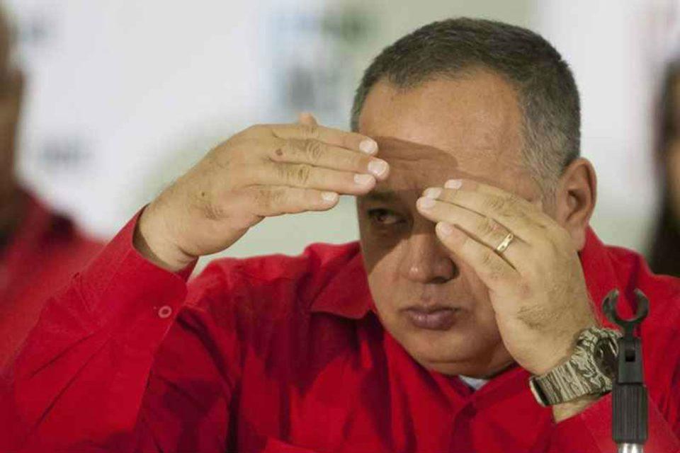 Diosdado Cabello busca lealtad en medio de la caída del chavismo