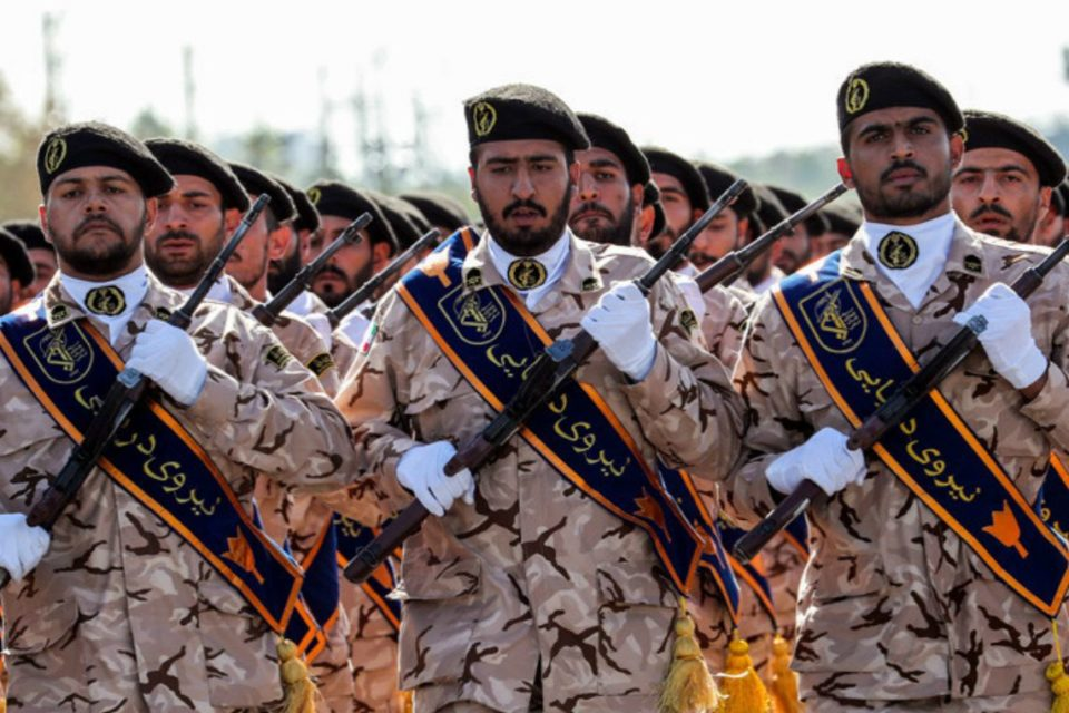 Donald Trump calificó a la Guardia Revolucionaria de Irán como organización terrorista