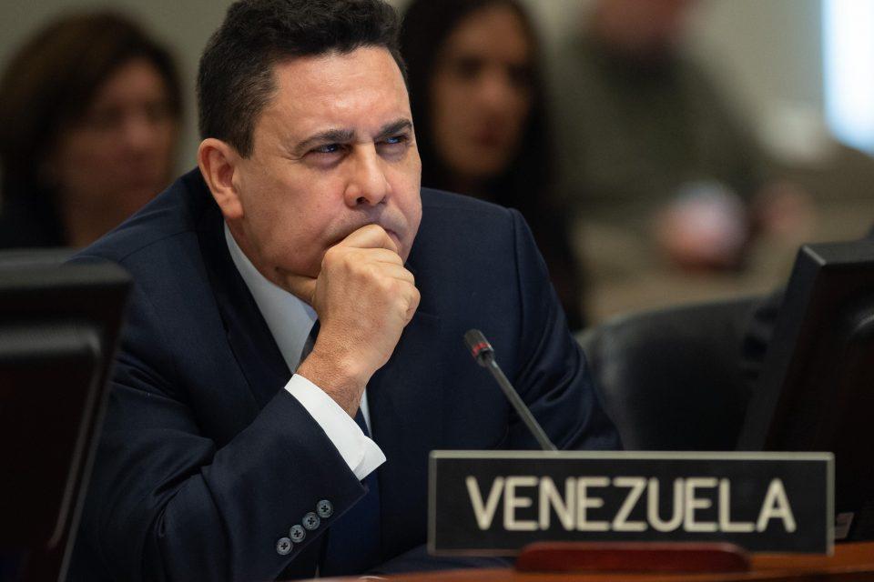 Moncada y funcionarios del chavismo en EEUU señalados por fraude y corrupción
