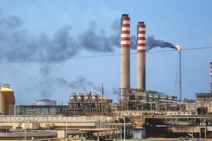 Paralizada refinería venezolana Cardón en el estado Falcón