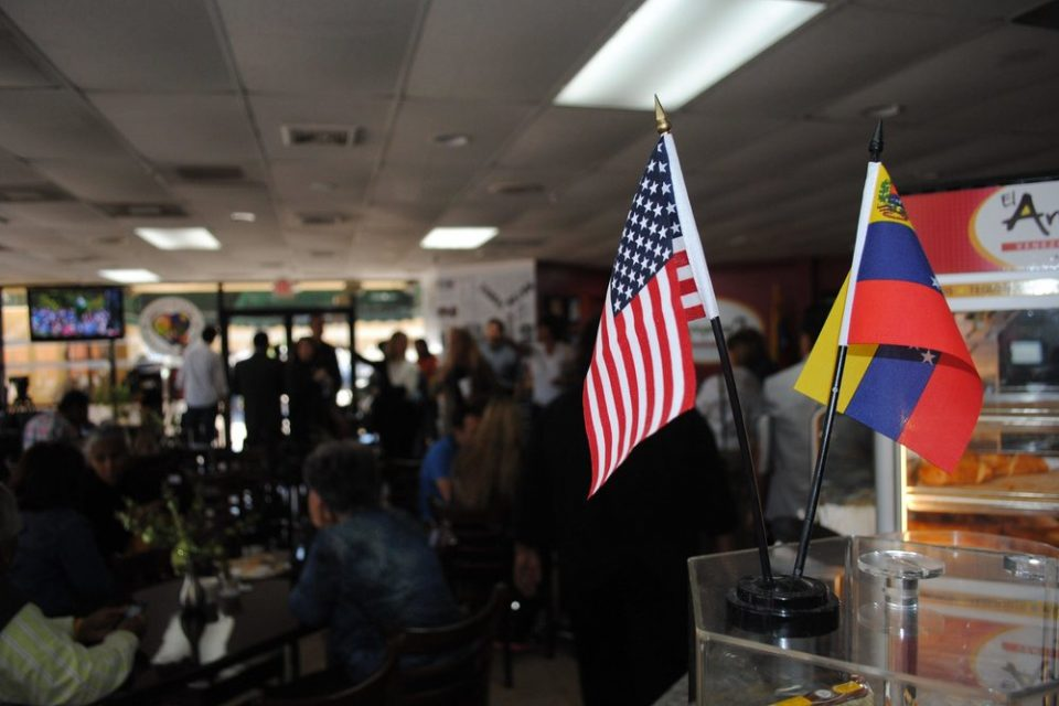 EEUU aprobó proyecto de Ley de amparo migratorio a los venezolanos
