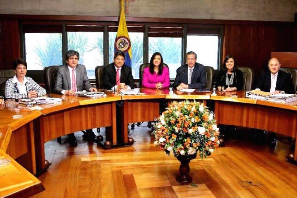 EEUU quitó visa a tres magistrados del sistema de justicia de Colombia