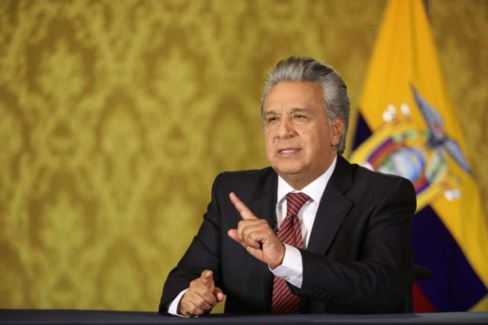"""Lenin Moreno dice que """"todo tiene un límite"""" respecto a migrantes venezolanos"""