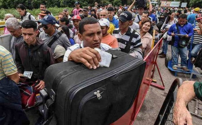 Perú se planta firme y niega el ingreso de 97 venezolanos sin visa