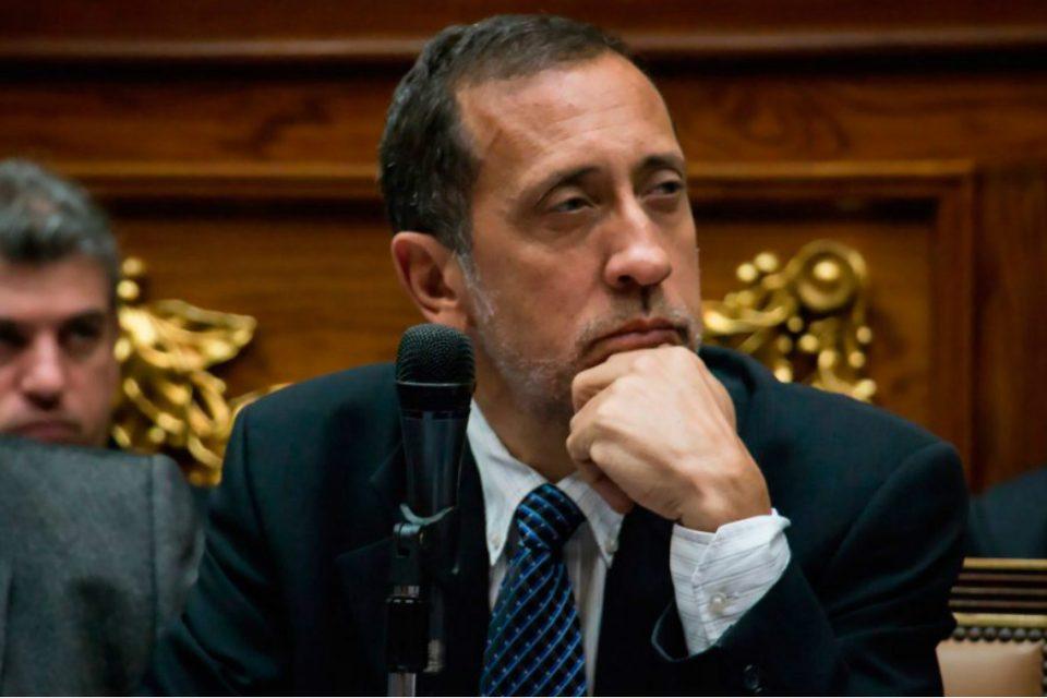 Chavismo ordena enjuciar a diputados Tomás Guanipa y José Guerra
