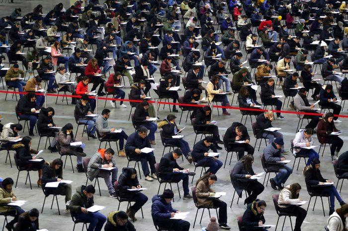 Fuga de cerebros: 65% de los médicos que presentaron examen Eunacom en Chile son venezolanos