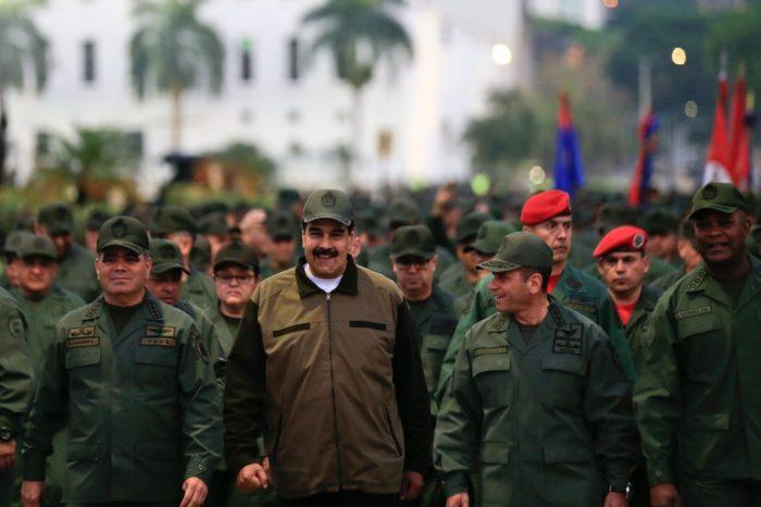 """Francis Fukuyama: """"Militares leales al régimen de Nicolás Maduro están involucrados en narcotráfico"""""""
