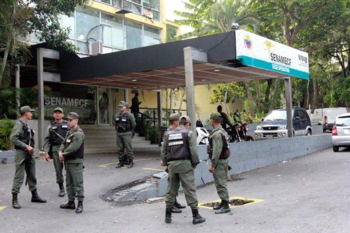 Tras 11 días: Familiares de capitán Acosta Arévalo acuden a morgue de Bello Monte
