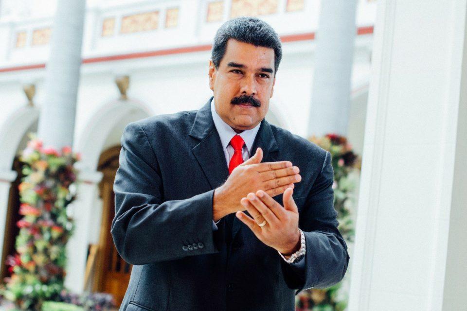 ¿Qué pasará con las deudas de Venezuela si sale Maduro?