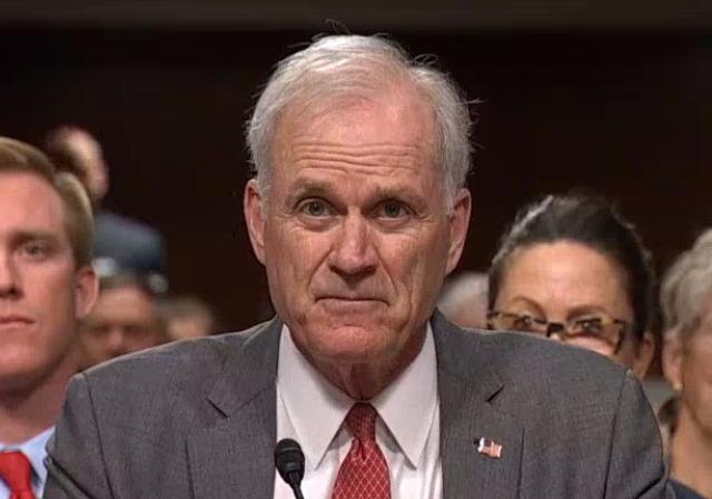EEUU designa a su tercer jefe de Pentágono en siete meses