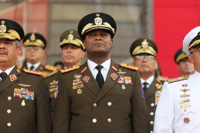 Maduro le da cargo de consolación a mayor generalJesús Suárez Chourio