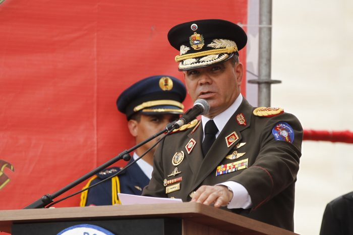 ¡Otra vez! Padrino López acusa a EEUU de querer aislar a Venezuela