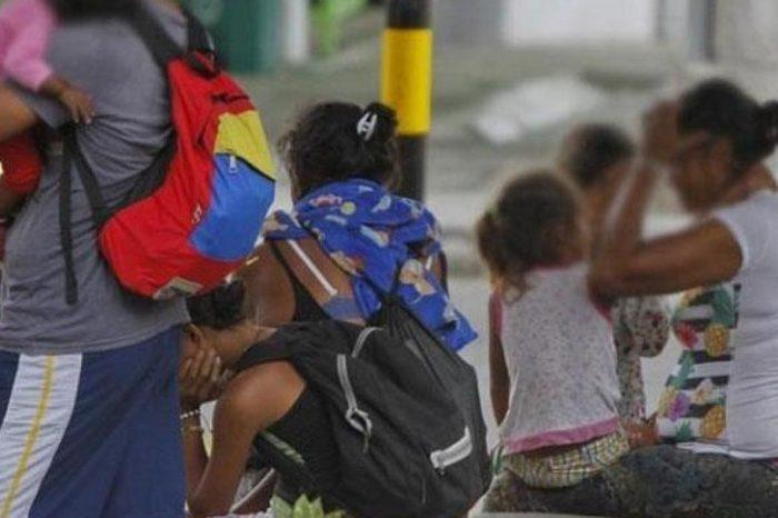 Rescatan a 28 niños venezolanos explotados laboralmente en Colombia