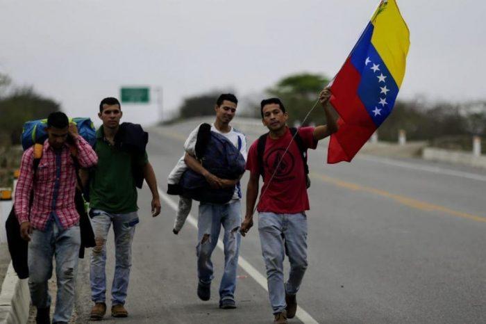 Se agudiza el éxodo: Cada semestre emigra un millón de venezolanos