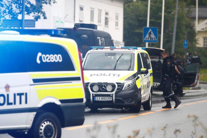 """Ataque contra mezquita en Noruega es calificado de """"intento de ataque terrorista"""""""