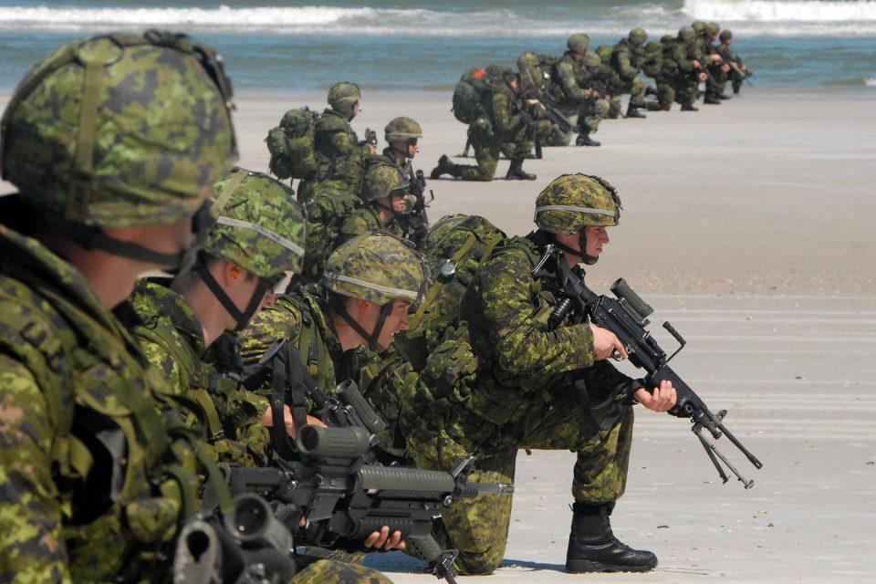 Brasil y Estados Unidos lideran ejercicios militares en Río de Janeiro