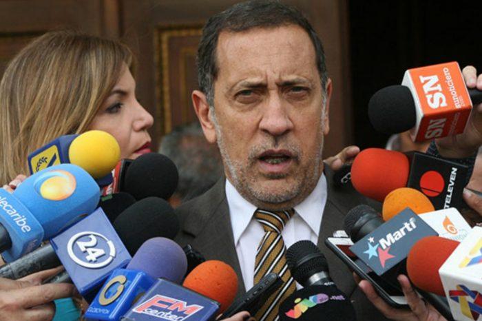 "Dip. José Guerra alerta que el régimen intenta ""comprar"" a diputados opositores"