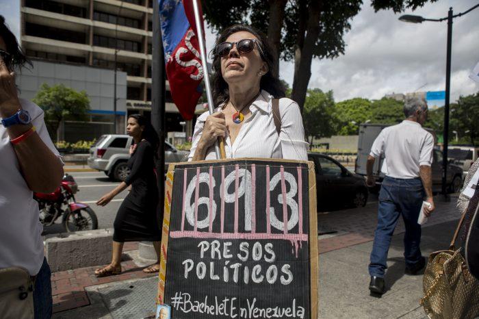 Denuncian recrudecimiento de torturas hacia presos políticos en Venezuela