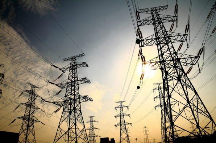 Caraqueños inician martes 13 con otra falla eléctrica al Oeste de la ciudad