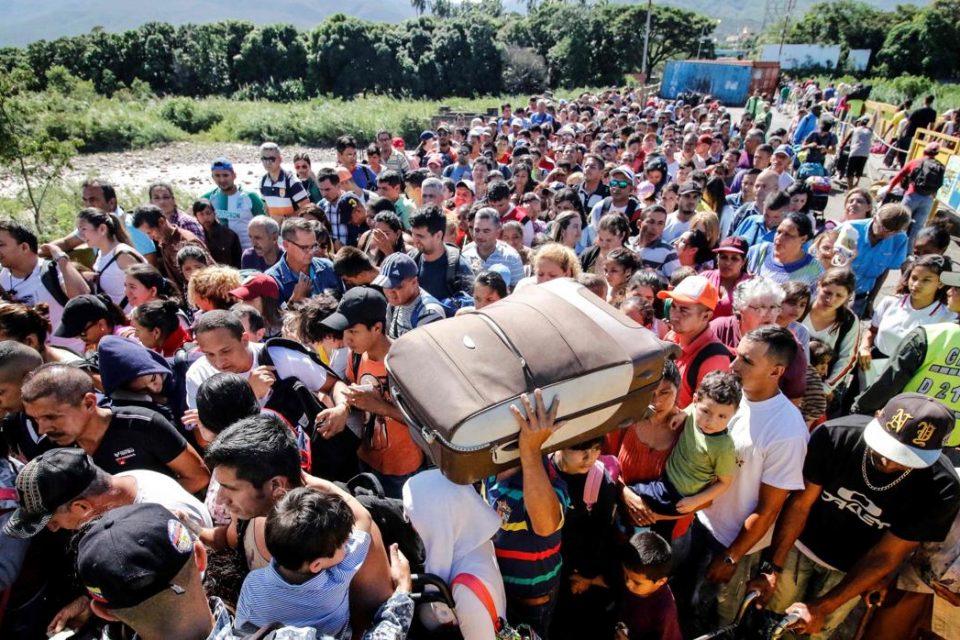 Frontera colombo - venezolana seguirá abierta para recibir a los migrantes