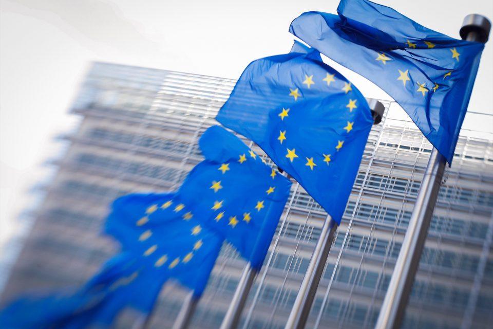 UE da la espalda al bloqueo que impuso EEUU a Venezuela