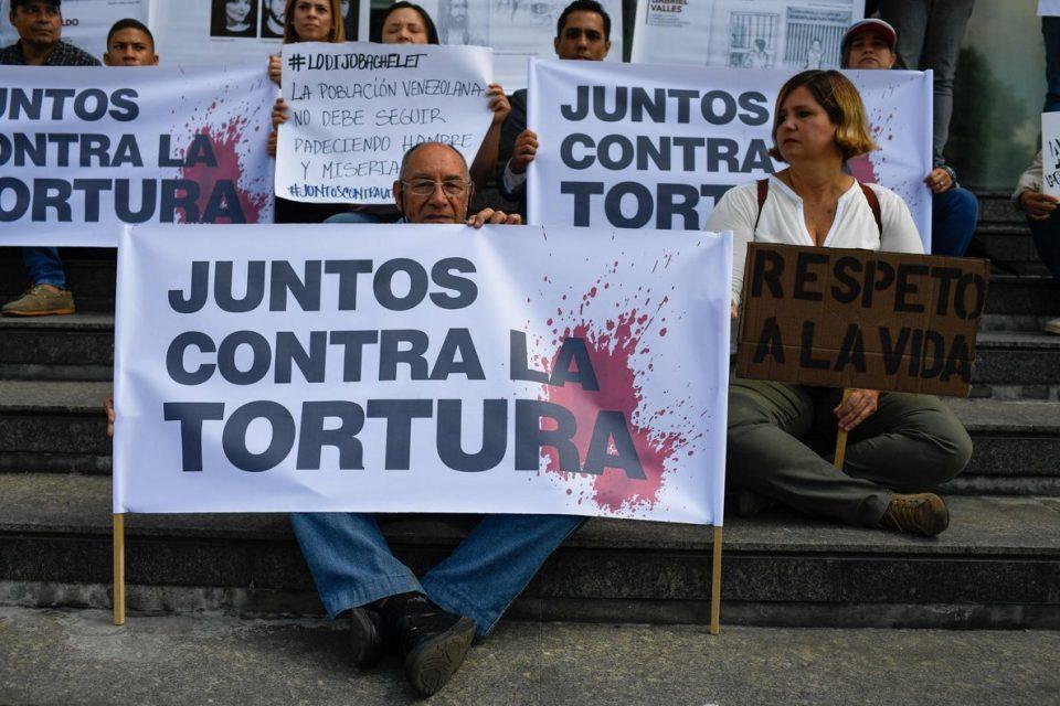 Familiares de presos políticos Bandres y Mogollón piden fe de vida al régimen