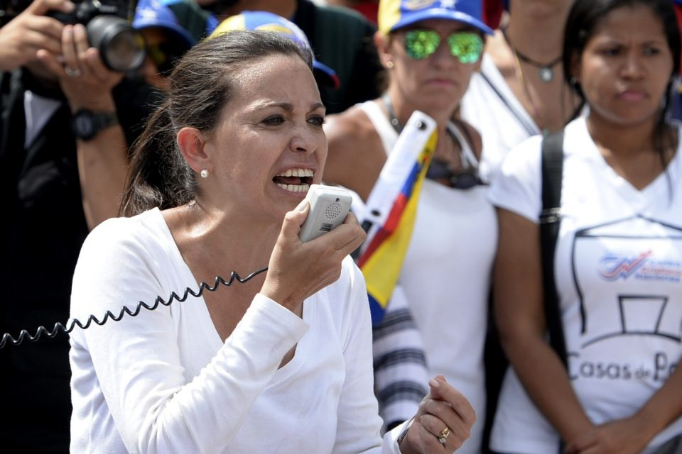 """MCM: """"En Venezuela las armas las tienen son los malandros"""""""
