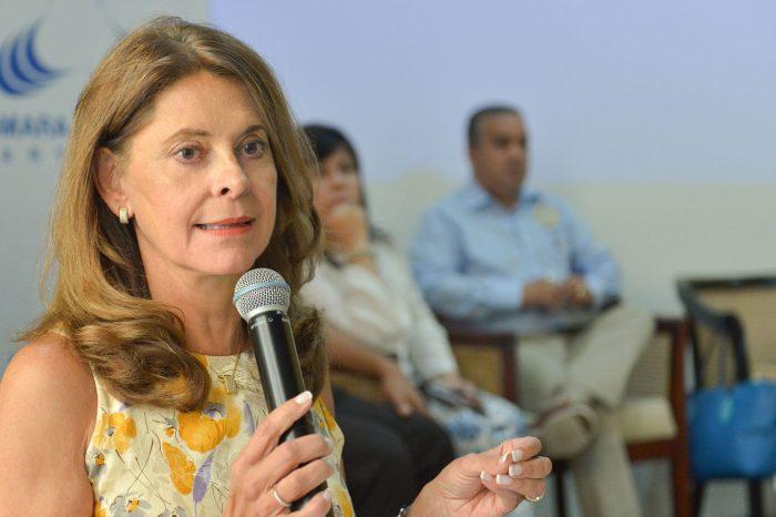"""Vicepresidenta de Colombia asegura que su país """"no será jamás un país agresor"""""""