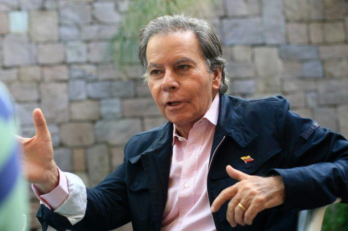 Diego Arria instó a Juan Guaidó a velar por los migrantes venezolanos