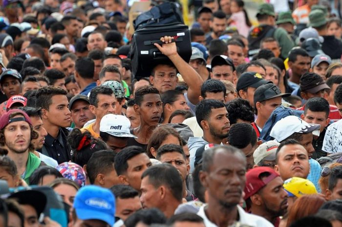 Venezuela queda fuera de las peores crisis migratorias según Acnur