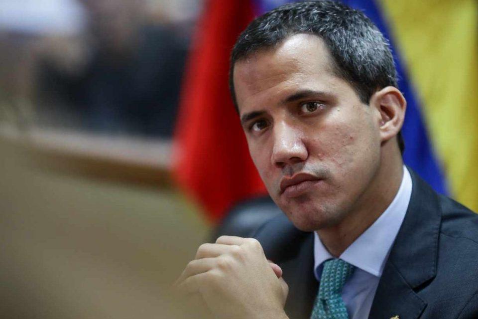 Guaidó responsabiliza a Maduro de la muerte de oficiales venezolanos