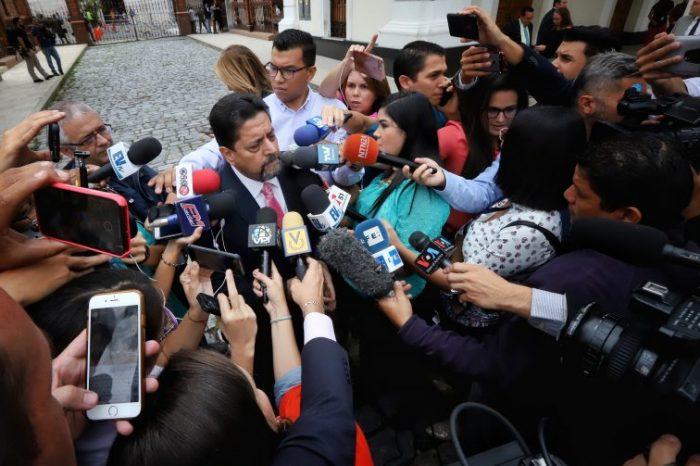 Edgar Zambrano acude a su primera presentación ante Tribunales venezolanos