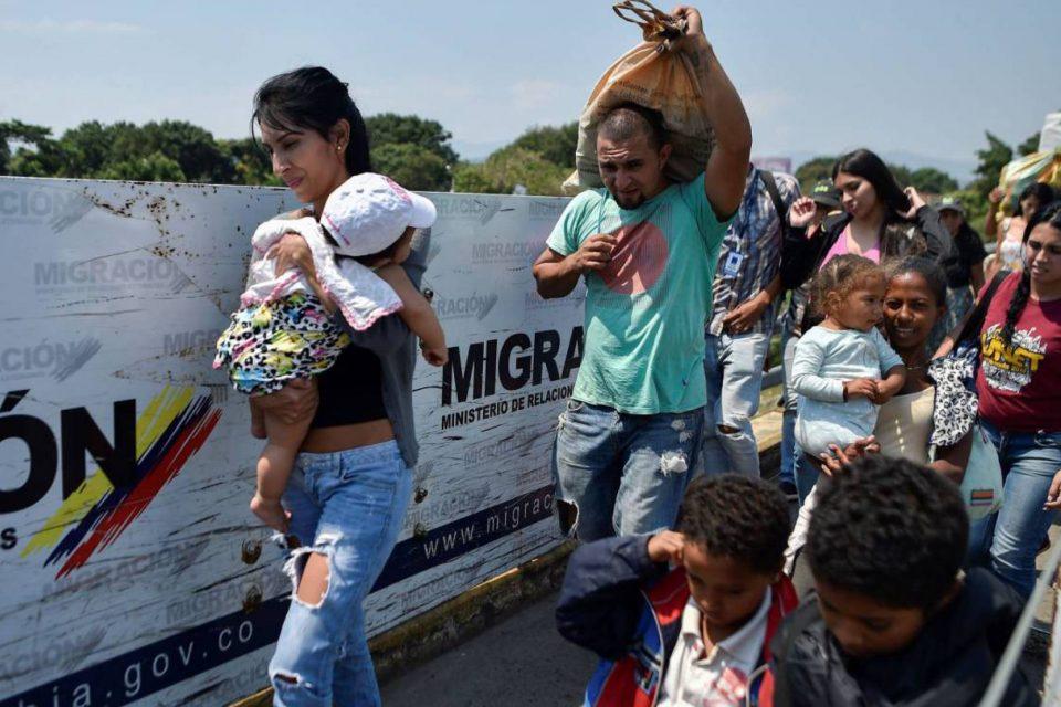 Colombia colapsa ante incremento de migrantes venezolanos