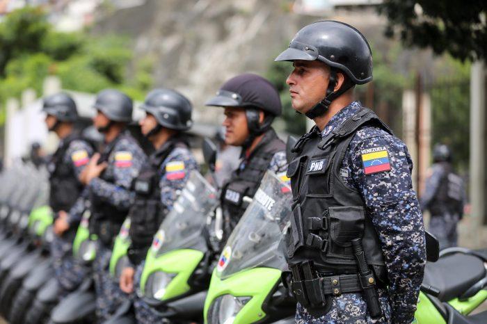 Aseguran que más de 500 policías están implicados en crímenes y secuestros en Venezuela