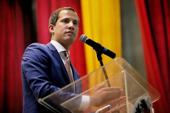 """Guaidó: """"No permitiré que unos cuantos sinvergüenzas conspiren con el régimen"""""""