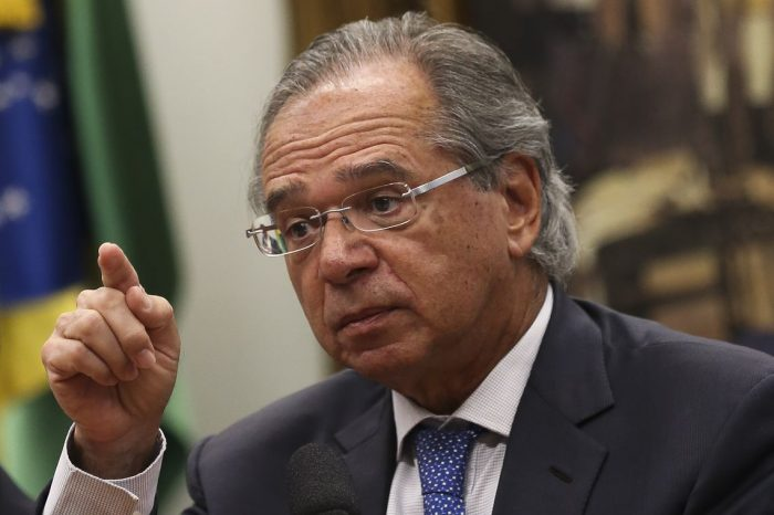 Paulo Guedes aseguró que Chile resolverá sus problemas antes que Venezuela
