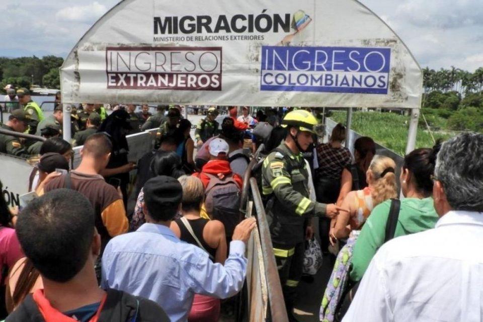 Colombia expulsa a tres venezolanos que fabricaban armamento ilegal