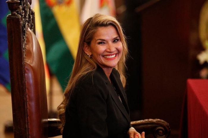 Senado de Bolivia extendió el mandato de Jeanine Áñez hasta las elecciones presidenciales