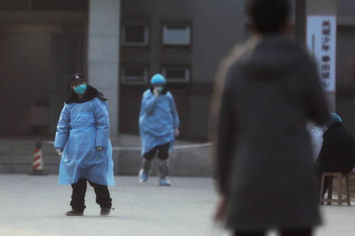 Hong Kong impone cuarentena y aumenta a 722 los muertos por Coronaviris