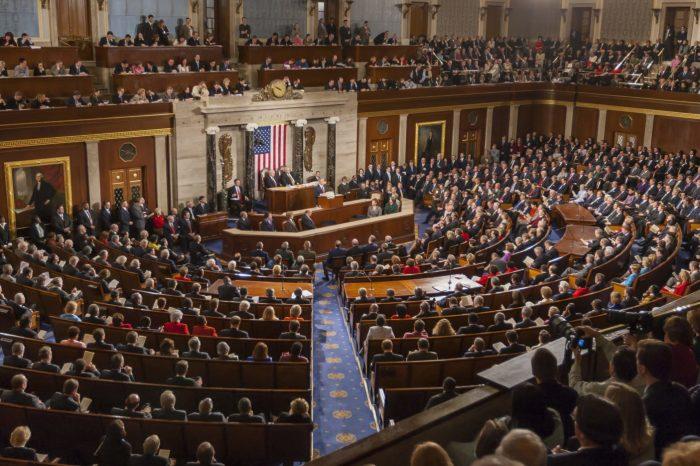 Congreso de EEUU votará mañana la entrega al Senado del proyecto de juicio político contra Trump