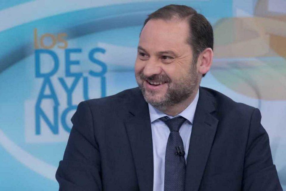 Ministro español brindó detalles de su reunión con Delcy Rodríguez en España