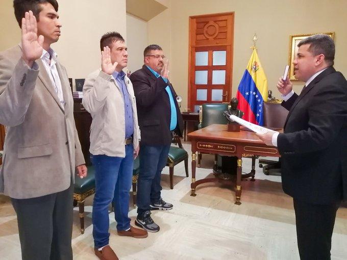Luis Parra asigna nuevos cargos en el Parlamento venezolano de forma ilegítima