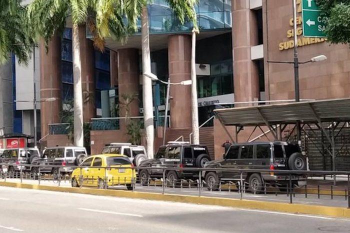 Sebin y Faes allanaron el despacho presidencial de Juan Guaidó