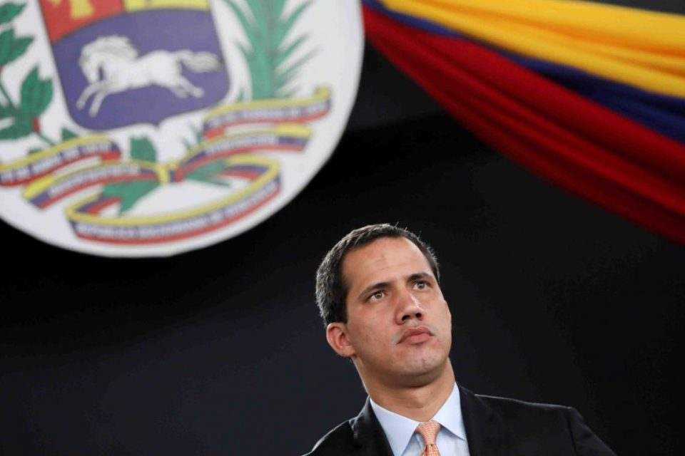 Guaidó: Maduro representa a una dictadura que secuestró el Parlamento