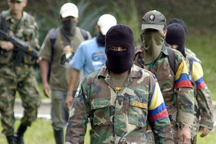 Asi es la mega guerra interna de las FARC que involucra a Venezuela