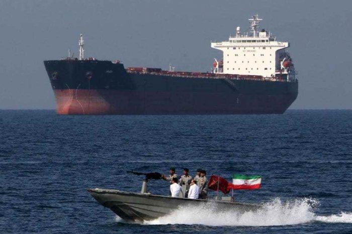 Buques iraníes con gasolina rumbo a Venezuela se arriesgan a una respuesta de fuerza de EE.UU.