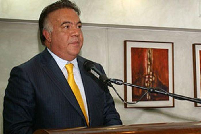 Wilmer Ruperti a la lista negra de Trinidad y Tobago