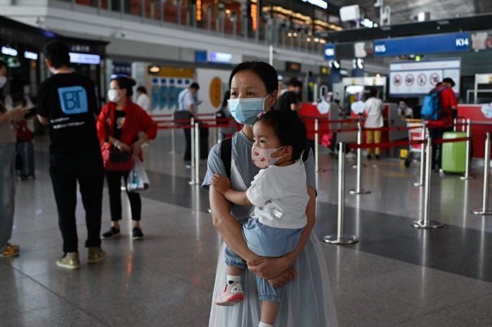 """Pandemia en Beijing se torna """"extremadamente grave"""", la ciudad en virtual cierre"""