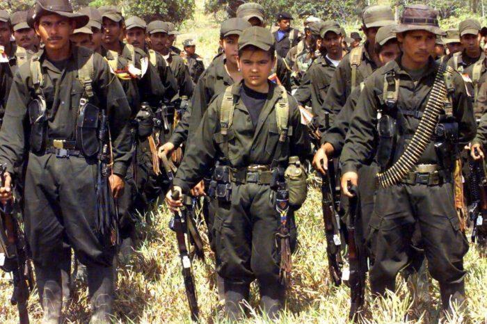 Informe: Así es como la narcoguerilla reclutó 30.000 niños venezolanos de la frontera con Colombia