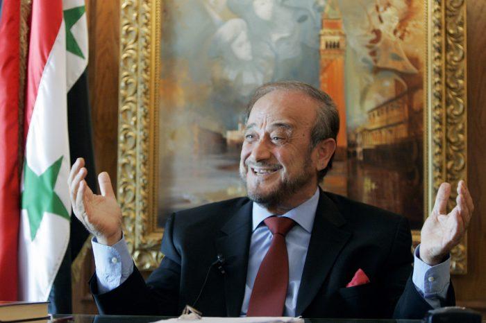 Investigan en Francia a tío del dictador de Siria por red de propiedades de $900 millones